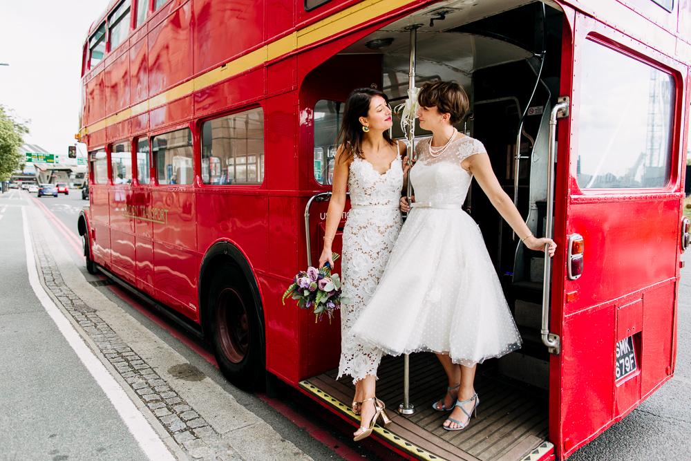 Oxford based wedding photographer